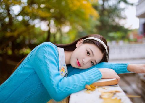 学院风之--秋意正浓蓝毛衣小可爱