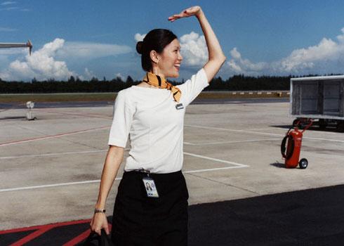 长空上的魅惑 空姐制服控不可错过的瞬间