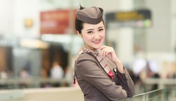 韩亚航空公司外景制服照