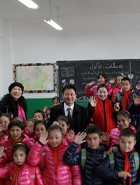 聚焦之-新疆职业大学援建麦坦小学及焦殿成董事长爱心捐助仪式